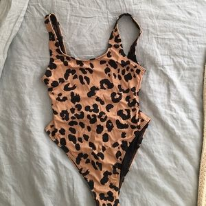 Leopard print one piece bathing suit- US 6